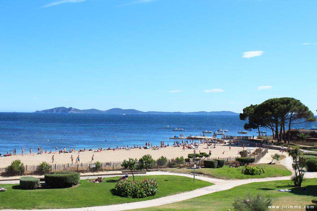 Hôtel 4 face à la mer  Le Meridien Beach Plaza  Site