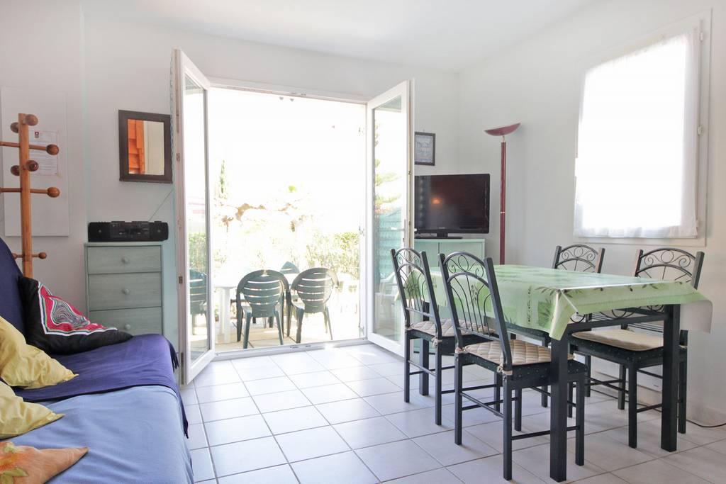 mda k6 mazet 3 pi ces r sidence mas d 39 azur la londe. Black Bedroom Furniture Sets. Home Design Ideas