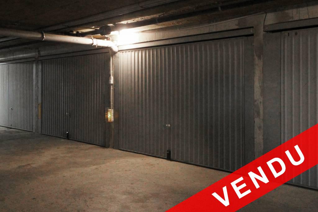 896 box garage r sidence la baie des isles la londe
