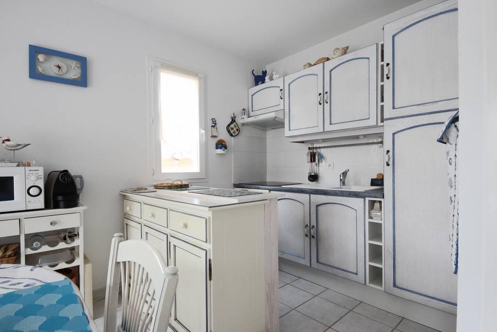 mda n8 mazet 3 pi ces r sidence mas d 39 azur la londe. Black Bedroom Furniture Sets. Home Design Ideas